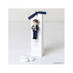 Magnet boy Communion suit and blue bible with 3 treatz