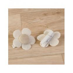 Clip de la flor d'ivori-beix suaus 4,5x4,5 cm. min.6