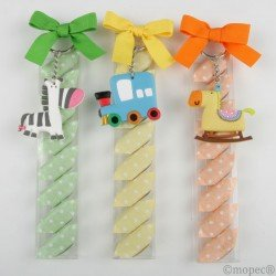 Keychain train/zebra/horse 5cm.and 8 candies, min.3 Q. SWEET
